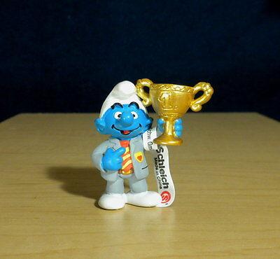 Smurfs 20532 President Smurf Gold Trophy Soccer Team Club PVC Figure Vintage Toy (Toy Trophies)