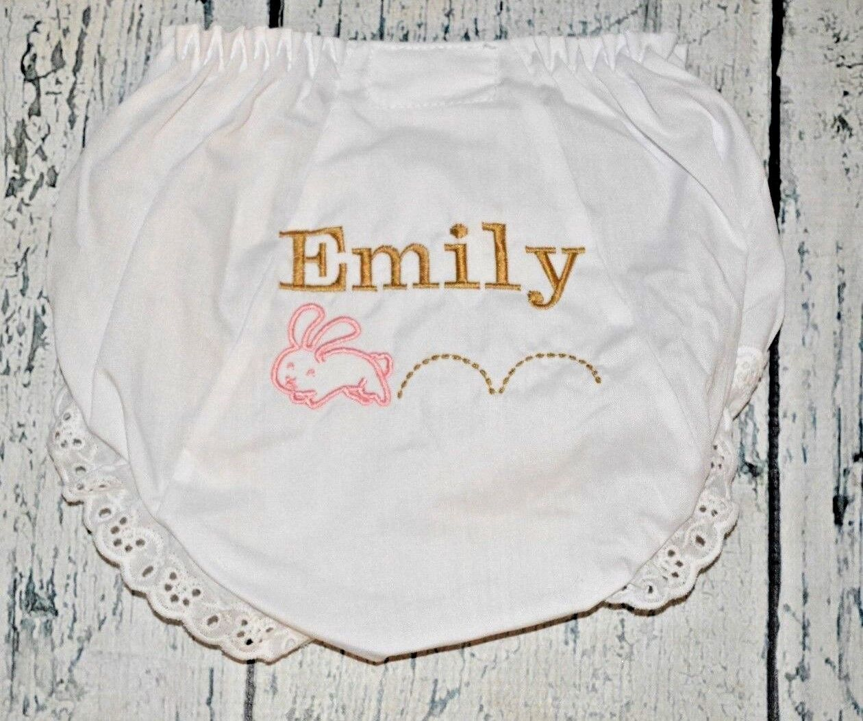 как выглядит Personalized Easter Bloomers Hopping Bunny Diaper Cover 2T фото