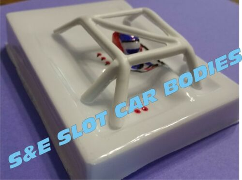 1/24 SLOT CAR INTERIOR WITH LIGHTWEIGHT ROLL CAGE-2PCS -CLEAR LEXAN #4134