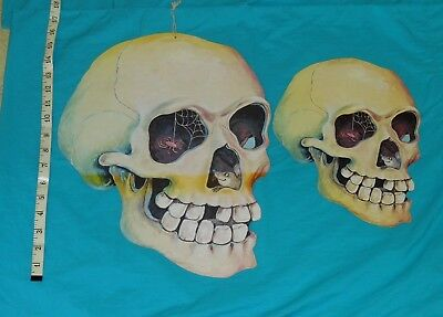 vintage lot of 2 HALLOWEEN DECORATIONS -- SKULL WITH MOUSE & SPIDER WEB INSIDE