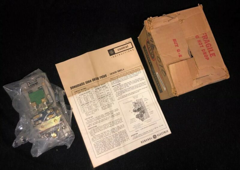 General Electric CR2820B126AA2 Pneumatic Time Delay Relay Series A NEW