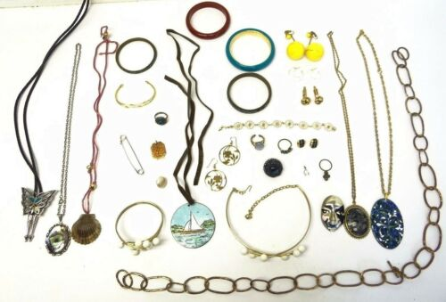 Mixed Lot of Ladies Brass Turquoise Celluloid Bangles Necklaces Pendants Jewelry