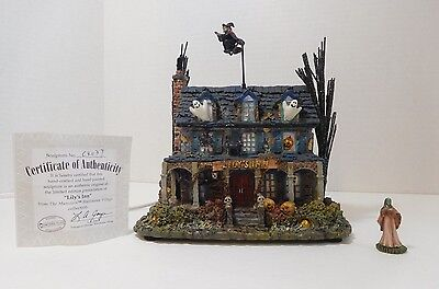 """HAWTHORNE VILLAGE COLLECTION ~ """"LILY'S INN"""" ~ THE MUNSTERS HALLOWEEN  ~ new"""