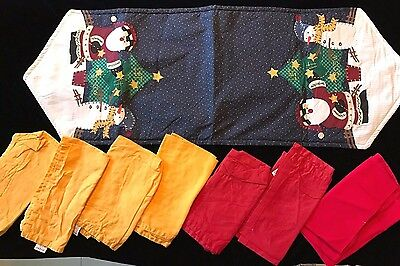 Christmas Table Decoration (CHRISTMAS TABLE RUNNER SANTA SNOWMAN FABRIC NAPKINS RED GOLD DECORATION TREE)