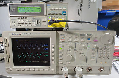 Tektronix Tds724c Color 2 Channel Oscilloscope 500mhz 1gsas 13 1f 1m 2f 2c