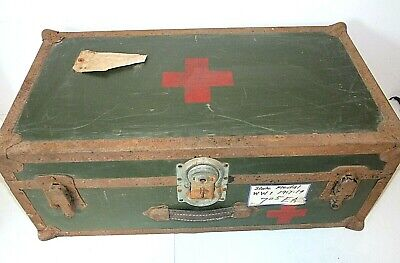 Original WWI RED CROSS Army Medic TRUNK, Medical, Storage, Hand-Painted, w/Tray