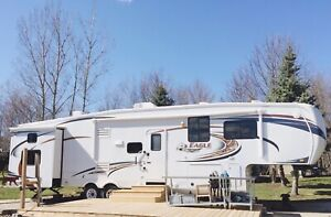 2012 Jayco Eagle 265 BHS Fifth Wheel - Excellent Condition!