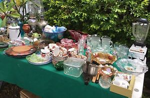 HUGE Garage Sale, antiques, collectibles, general household One Mile Ipswich City Preview