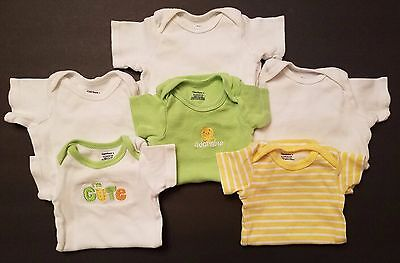 Gerber Onesies Size 0-3 months Lot of 6