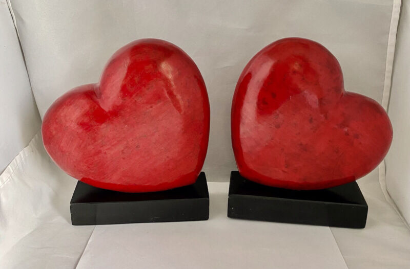 """FLOATING RED / BLACK STONE HEART BOOK ENDS HEAVY 6.5"""" Height"""