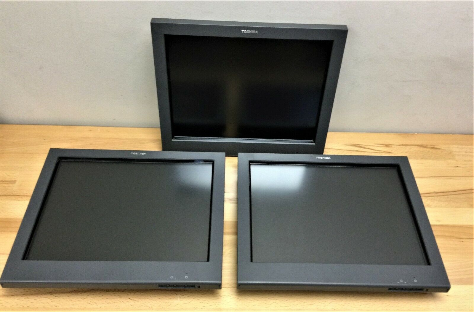 LOT OF 3 - Toshiba SurePoint 4820-5LG 15 Touch Screen Display 7430932 REFURB  - $110.00