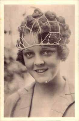 POSTCARD SOCIAL HISTORY YESTERDAYS BRITAIN BLANCHE MAHAFFEY 1920