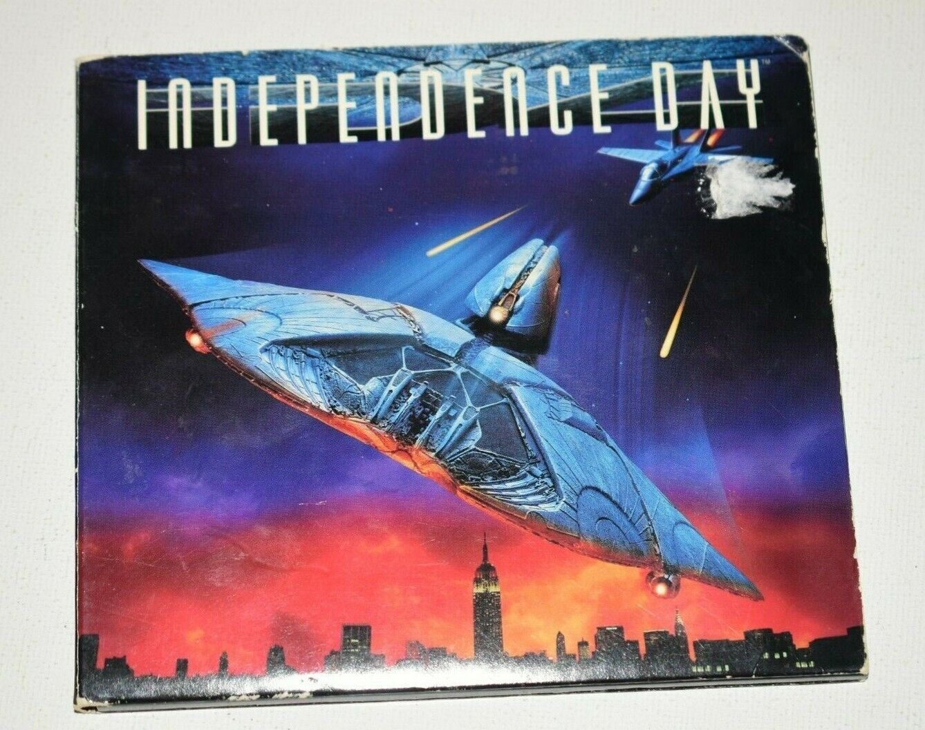 Vintage PC Video Game Independence Day Windows 95 Complete