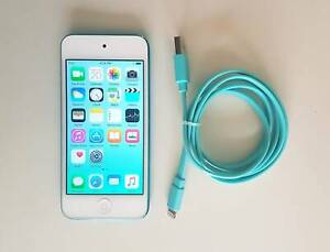 Apple Ipod Touch 32Gb 5th Generation With Rear Camera