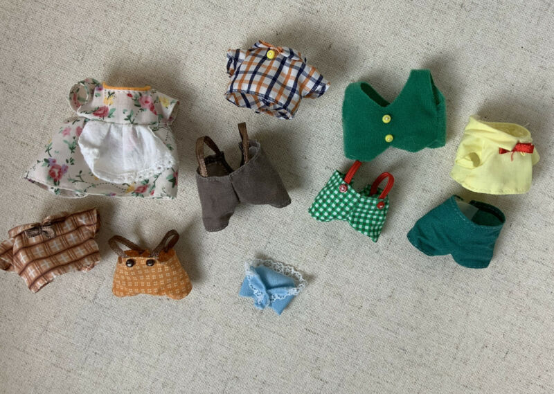 Sylvanian Families Calico Critters Clothing Clothes Outfit Shorts Top Dress Lot