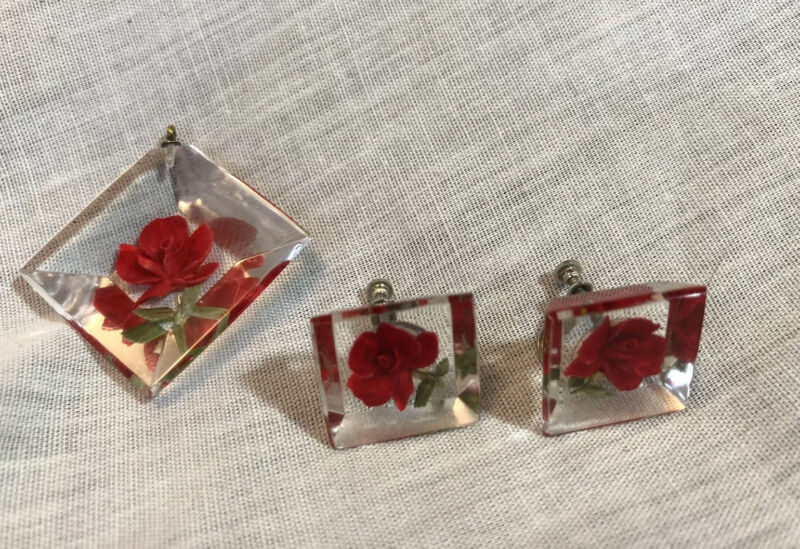 Vintage 1970s Clear Lucite Acrylic 3-D Rose Screw Back Earrings + Pendant Set