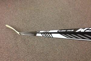 b715a5fcb42 CCM HSSTR Senior 85 Flex Street Hockey Stick - Right Hand - Crosby Curve