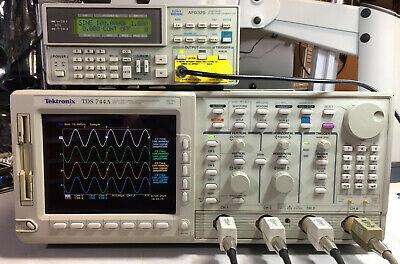 Tektronix Tds744a Oscilloscope 500mhz 2gss 13 1f 1m 2f