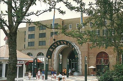 Riverwalk New Orleans Louisiana, Shopping Mall, Entrance, Mississippi - (New Orleans Mall)