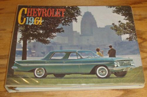 Original 1961 Chevrolet Dealer Showroom Presentation Album 61 Corvette Impala