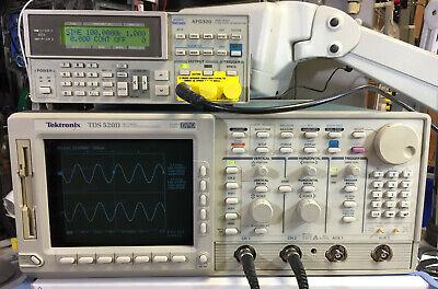 Tektronix Tds520d 2 Channel Oscilloscope 500mhz 2gsas 1f 1m 2f 2c