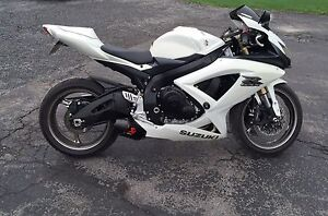2009 GSXR Pearl White Limited Edition