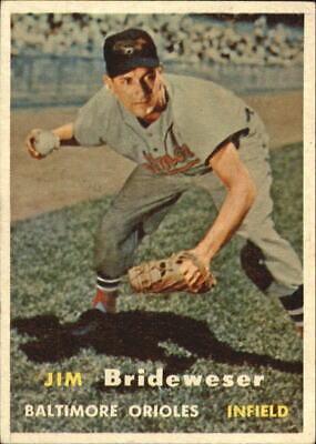 1957 (ORIOLES) Topps #382 Jim Brideweser - EX
