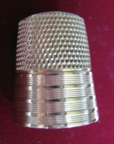 """Simons Brothers 14K Yellow Gold Thimble Size 11 Stripes Banded Design """"BDT 1958"""""""