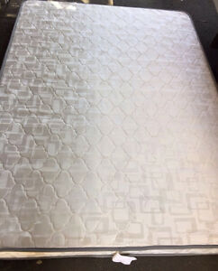 Queen spinal care mattress - fabulous condition Petersham Marrickville Area Preview