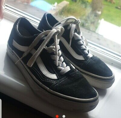 vans trainers size 3 black and white