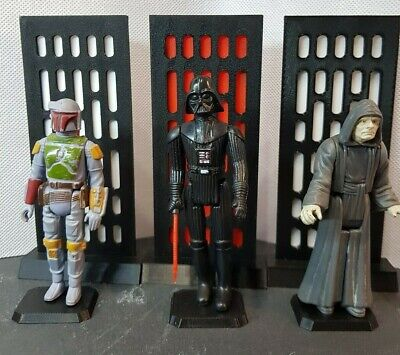 Star Wars Vintage Action Figures Display back ground scene setting empire