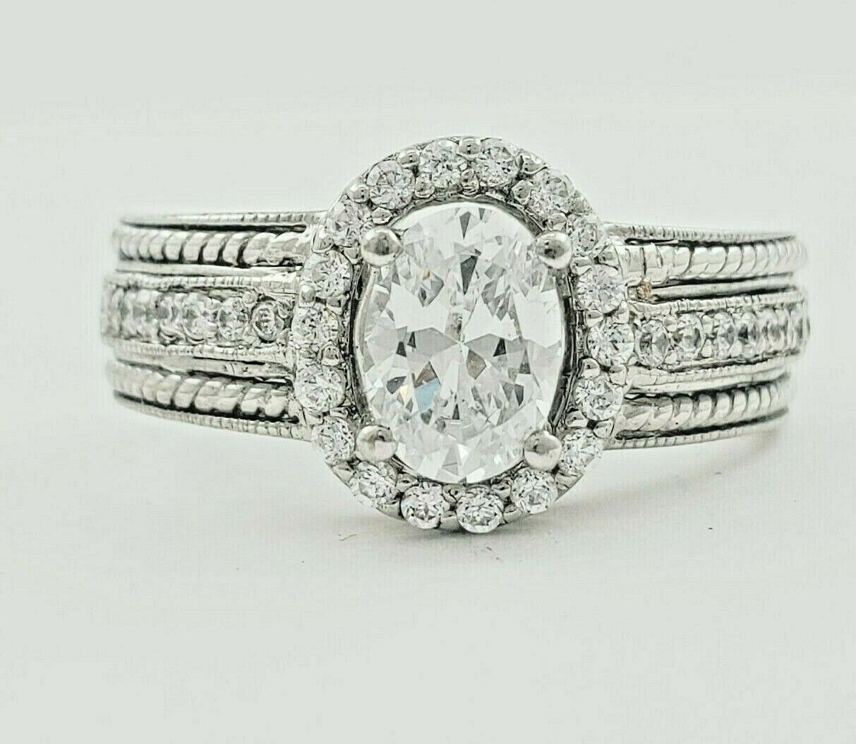 GIA Certified Diamond Engagement Halo Style Ring 1.59 CT Oval Cut 18k Gold