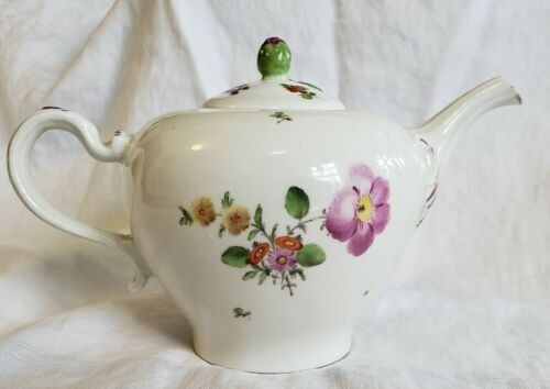 Antique 18th Century Porcelain Vienna Austrian Tea Pot  Teapot Hand Painted