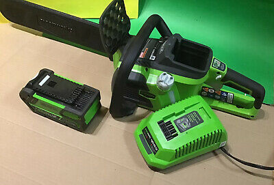Greenworks 16in 40V Cordless Chainsaw 20312, 4AH Battery 29472, Charger 29482