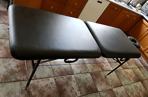 Full size massage table portable adjustable Earthlite with headre Balcatta Stirling Area Preview