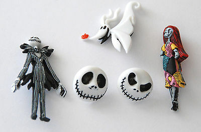 Nightmare Before Christmas ~  Disney License Buttons ~ Jesse James Dress It - Christmas Buttons