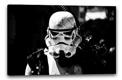 Wandbild Star Wars Stormtrooper mit Gewehr auf Schulter - Star Wars Auf