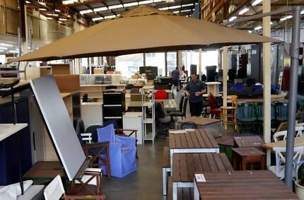 RRP$2054 Shelta Savannah Cantilever Market Shade Sun UV Umbrella Richmond Yarra Area Preview
