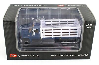 NEW 2021 1:64 DCP *BLUE & WHITE* GMC 6500 Tandem-Axle STAKEBED TRUCK  *NIB*