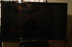 "60"" Sharp Tv 1080p"