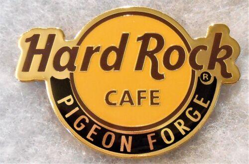 HARD ROCK CAFE PIGEON FORGE CLASSIC LOGO MAGNET