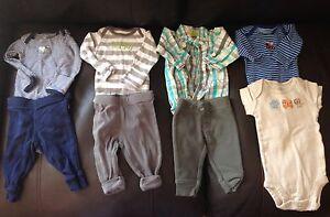 Newborn/0-3 month clothing (3 pics)