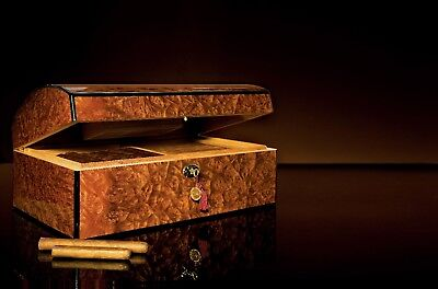 Daniel Marshall Treasure Chest Famous Humidor in Precious Burl Wood Rated No. 1