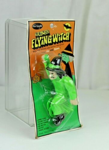 Vintage Fun World Green Flying Witch on Card
