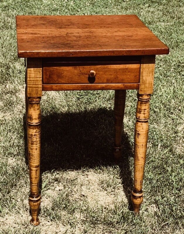 @1825  Federal Sheraton Antique Nightstand Side Work Table Tiger Maple & Cherry