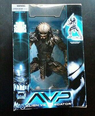 "McFarlane AVP Alien vs. Predator SCAR PREDATOR 12"" Movie Figure Statue Maniacs"