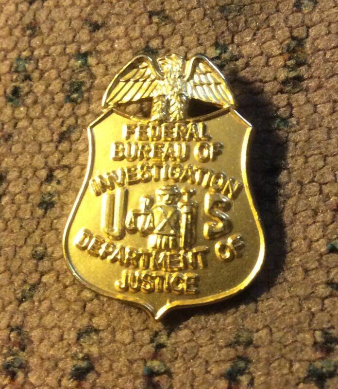 FBI - Federal Bureau of Investigation BIG 1.0in REALLY RARE - lapel pin