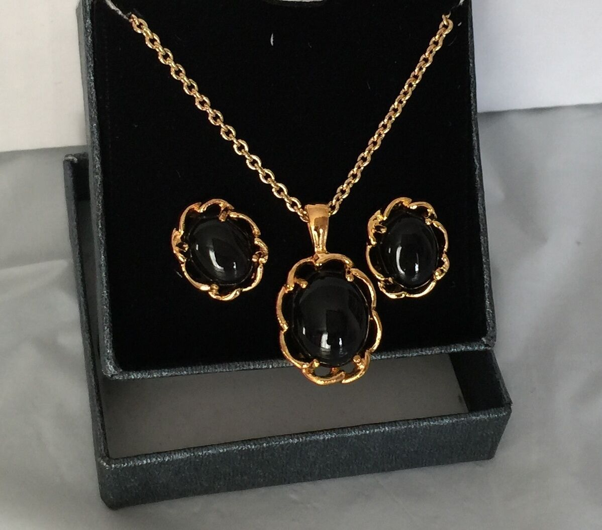 Qvc Gold Plated Black Onyx Earrings And Pendant Set 14k