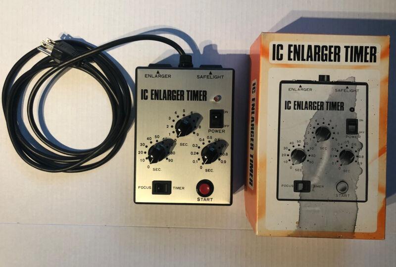 Saunders- IC Enlarger Timer- Original Box & Instuctions- Tested- Darkroom