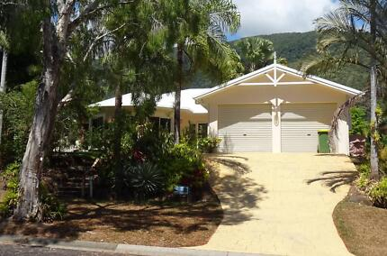 Palm Cove Holiday House.